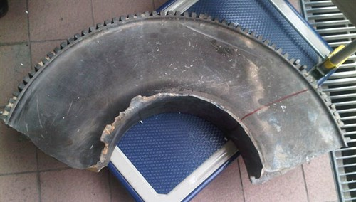 Portion of the recovered turbine disk from Qantas A380