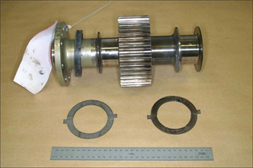 Figure 1. Propeller shaft and thrust bearings from engine serial number 810712