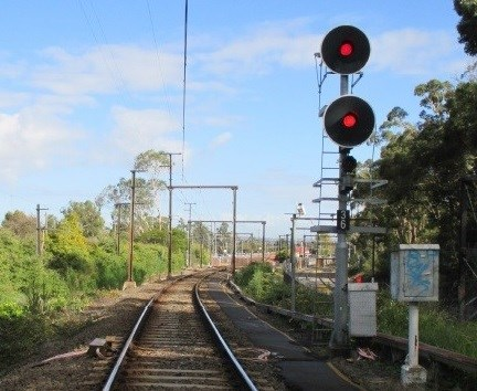 Home arrival signal № 36 at Upper Ferntree Gully