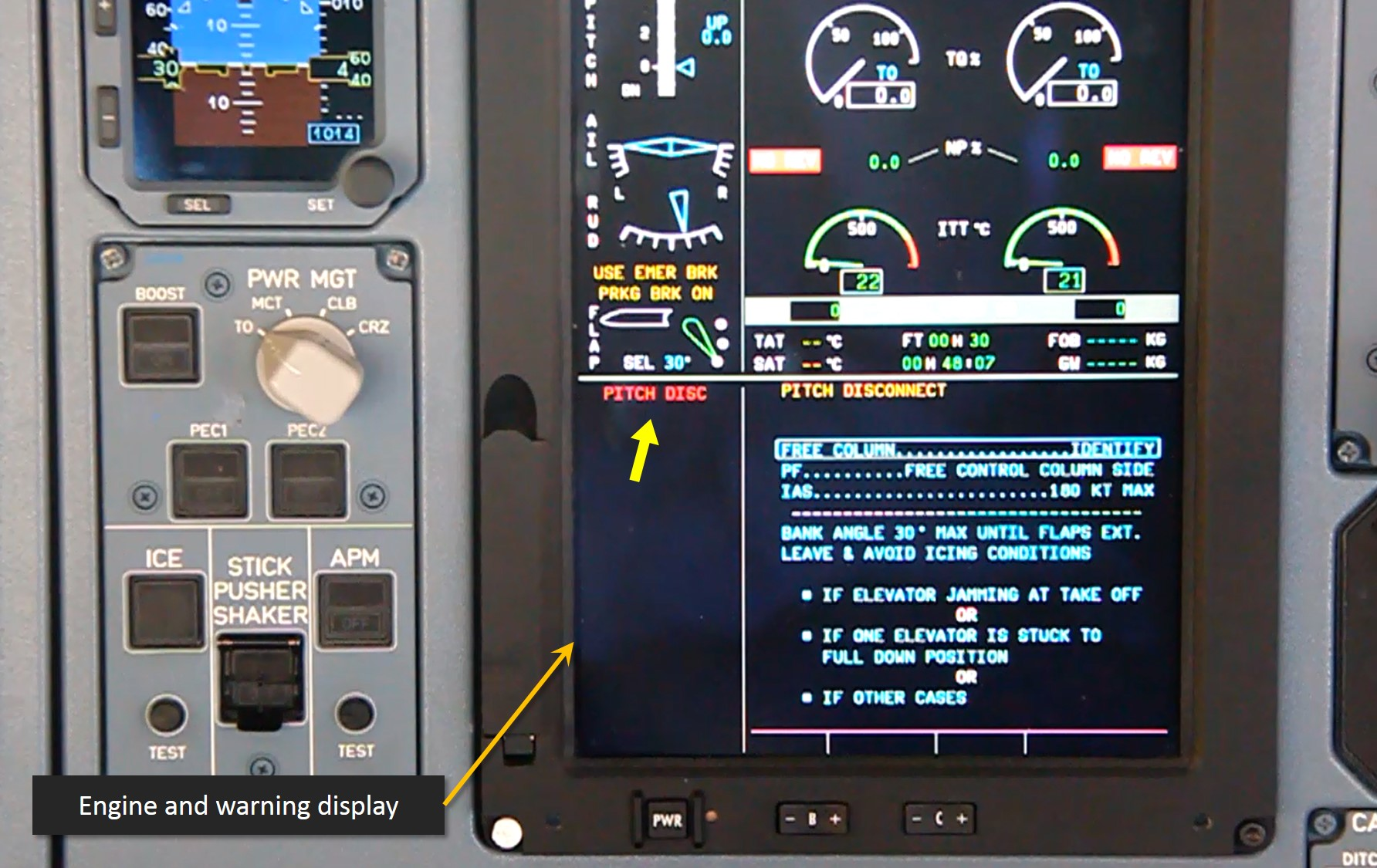 Figure 5: Pitch disconnect warning presentation on the engine and warning display. The red PITCH DISC warning message, indicated by the thick yellow arrow, is located on the lower left of the screen. The pitch disconnect procedure is displayed to the right of the warning message