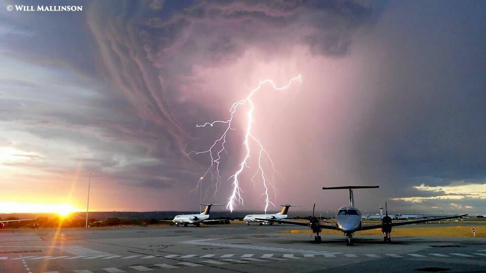 Lightning at Perth Airport 