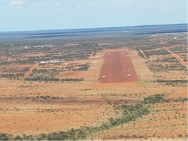 Figure 2: Gable aiming point markers within the runway strip (different airport used by the operator)