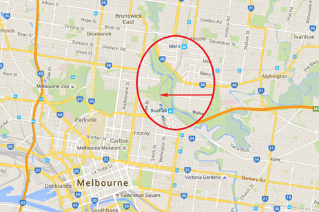Figure 1: The derailment location within the Melbourne suburb of North Fitzroy. The immediate area of the derailment location is shown enlarged.