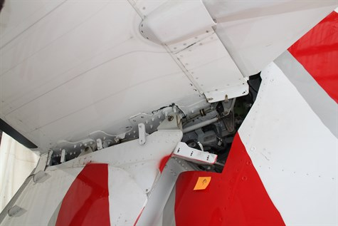 Figure 3: Left tailplane attachments