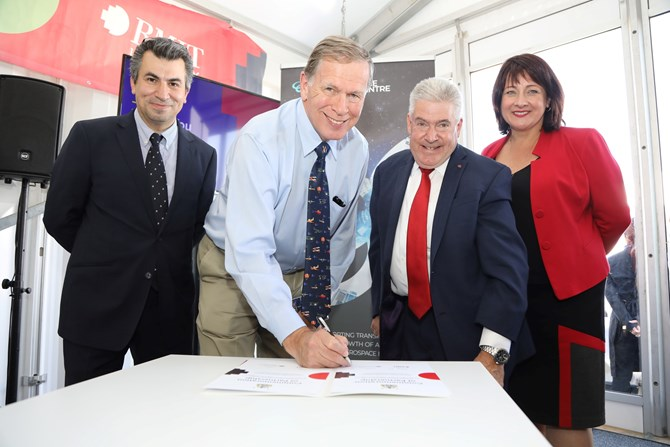 RMIT and ATSB sign agreement