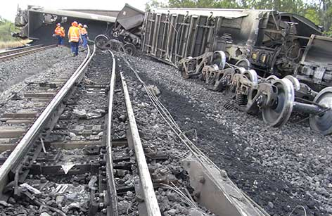 Derailment of a loaded coal train between Emerald and Rockhampton in Queensland