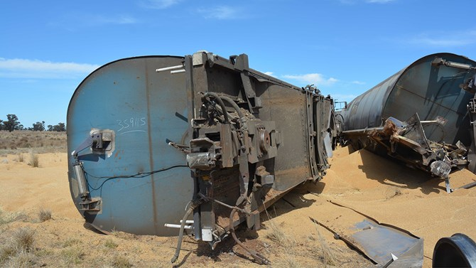 Derailment of grain train 8838N, Narwonah, NSW, on 1 October 2017